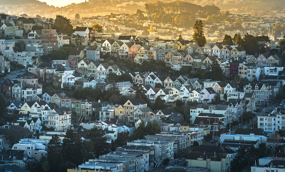 Aerial view of San Francisco houses.